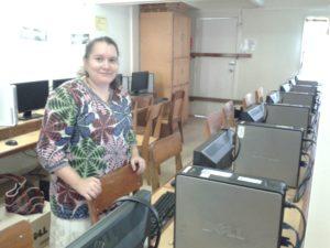 Maria Vuorma luokassa.
